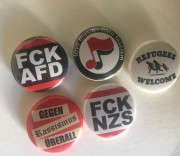 Button Mix Gegen Nazis
