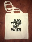 LOVE FOOTBALL HATE RACISM -natur- NEU