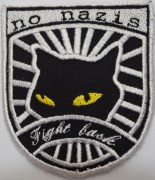 No Nazis Fight Back -gestickt-