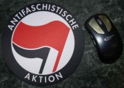 Mousepad: Antifaschistische Aktion (Rot/Schwarz)