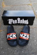 True Rebel Badelatschen FCK NZS 2.0 Black